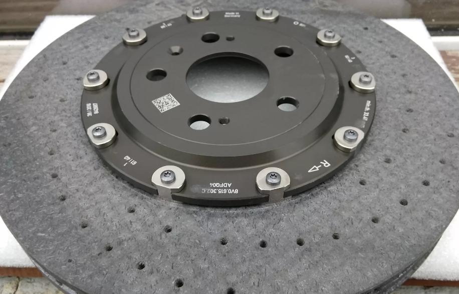 Какие тормозные диски выбрать - металл или керамика?